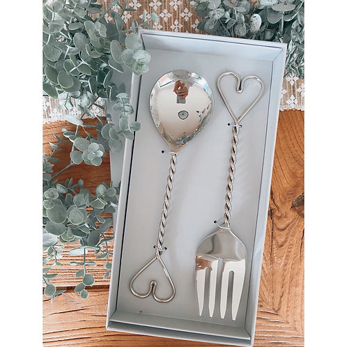 PAIR OF TWISTED HEART SALAD SERVERS