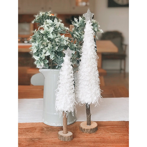WHITE FLUFFY CHRISTMAS TREE (2 SIZES)