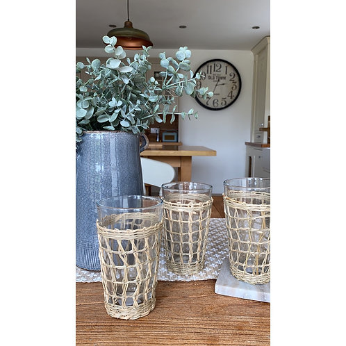 DRINKING GLASS WITH STRAW WEAVING