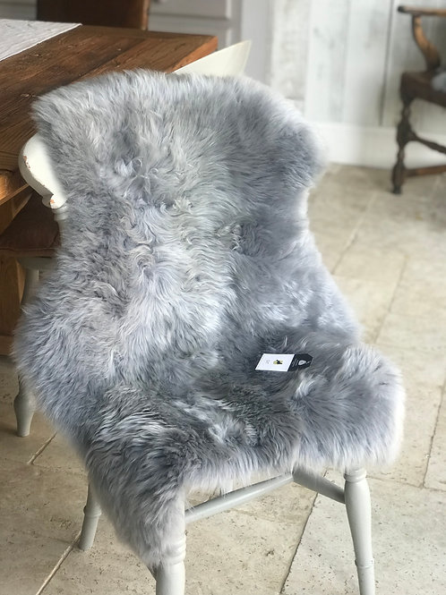 GREY BLUE SHEEPSKIN RUG