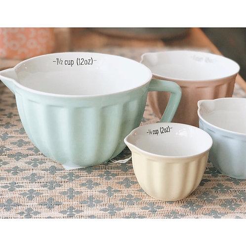 SET OF 4 PASTEL MEASURING CUPS