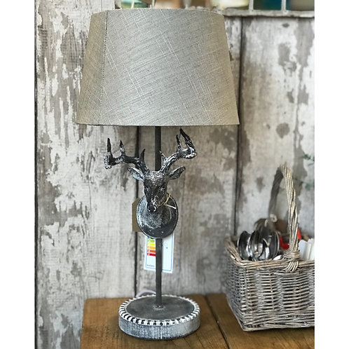 STAGS HEAD LAMP WITH SHADE