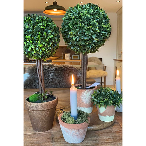 FAUX TOPIARY BALL IN POT
