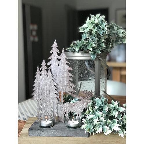 CHRISTMAS STAG SCENE