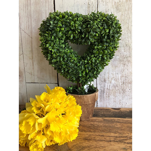 FAUX TOPIARY HEART