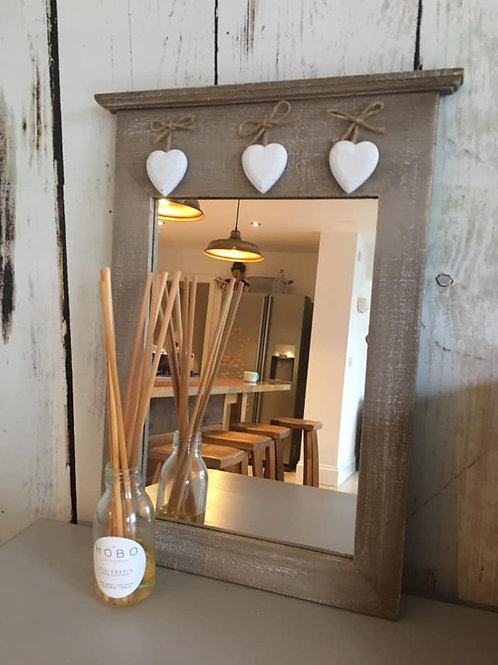 RUSTIC HANGING HEART MIRROR