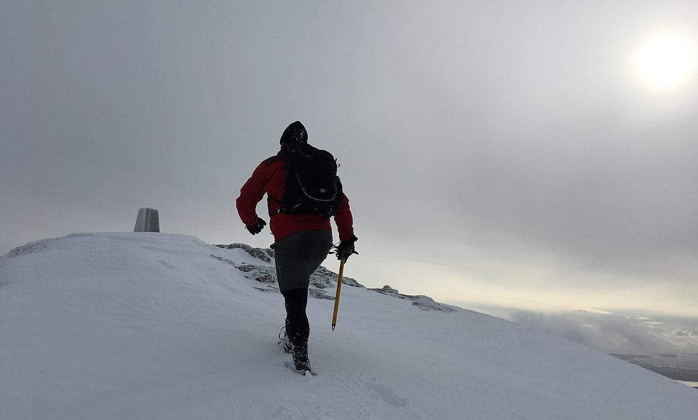 Winter ascent of Ben Lomond - 04 Feb