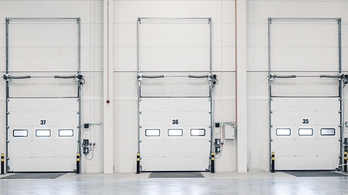 Three loading ramp doors at distribution