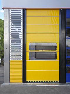 Automatic High Speed Door at Distributio