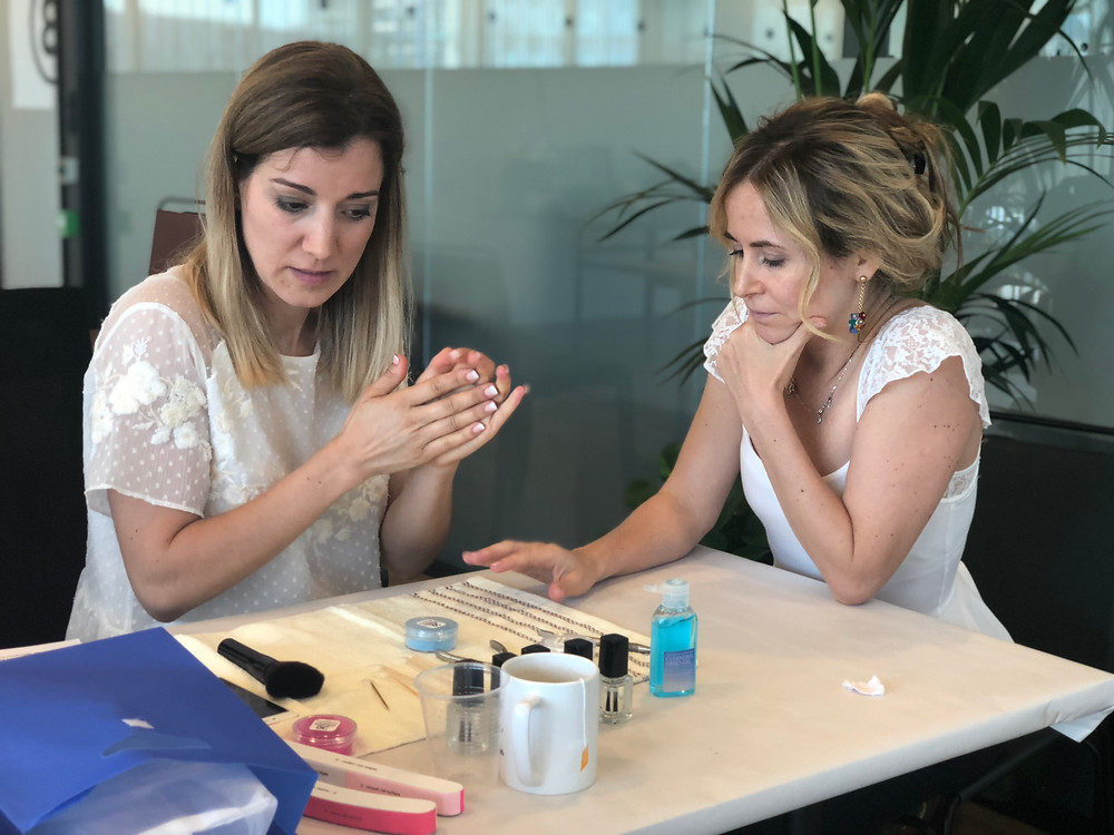 Participants of a Masterclass conference at Barcelona 20 minute nails
