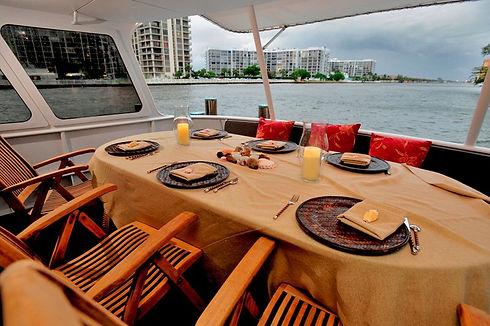 dinner-cruise-yacht.jpg