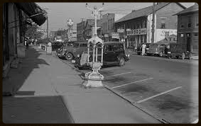 Old picture of cars on street