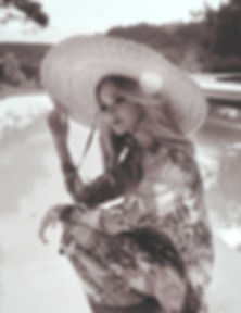 191109_ELLE_ITALIA_SASHA-LUSS_11.jpg