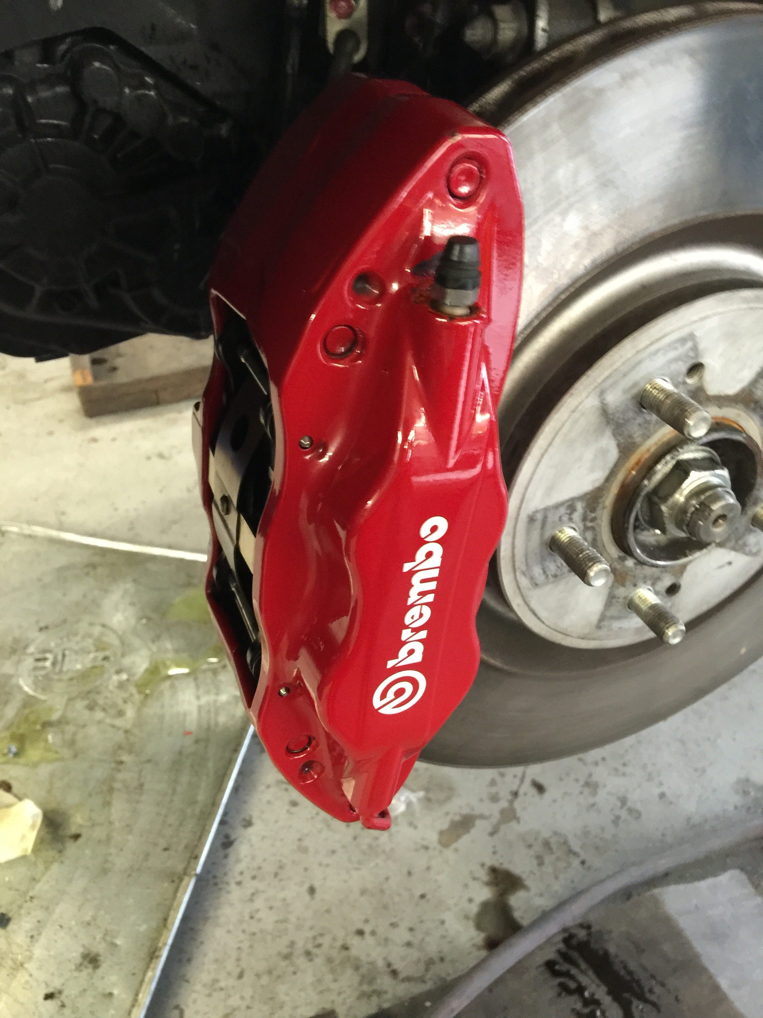 Evo X Brembo calipers detialed and sealed.jpg