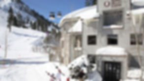 Squaw Valley Lodge winter