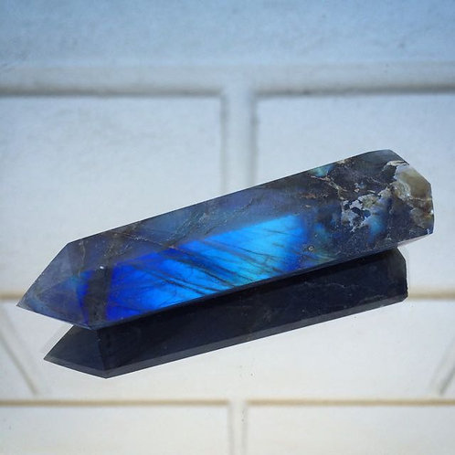 Labradorite wand point