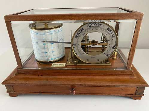 Oak Cased Barograph, with Dial by Reynolds & Branson, Leeds