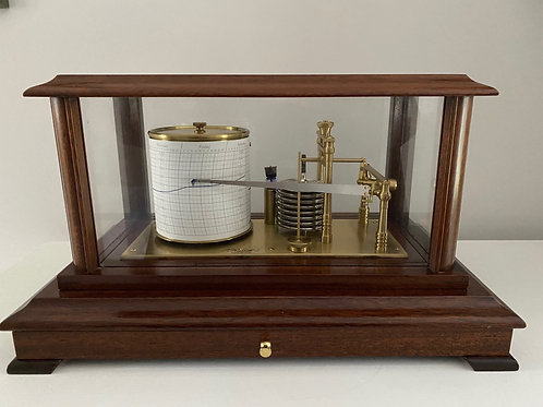 Display Barograph by Russell, Norwich