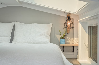 Summit Tiny Homes (The Heritage) Bedroom
