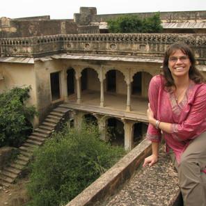 Exploring the Palace Fortress Ruins - Bundi, India