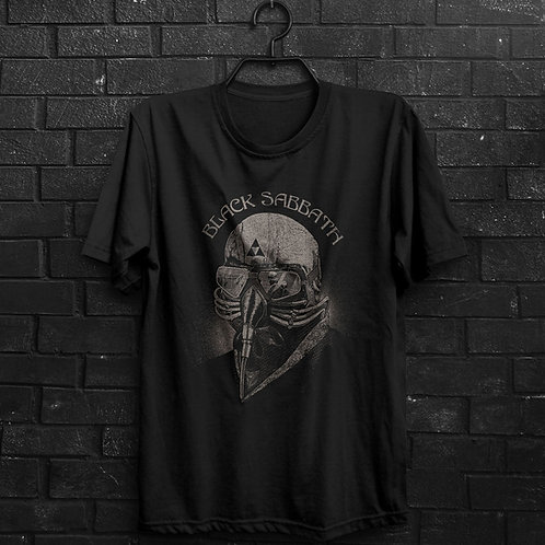 Camiseta - Black Sabbath - Never Say Die