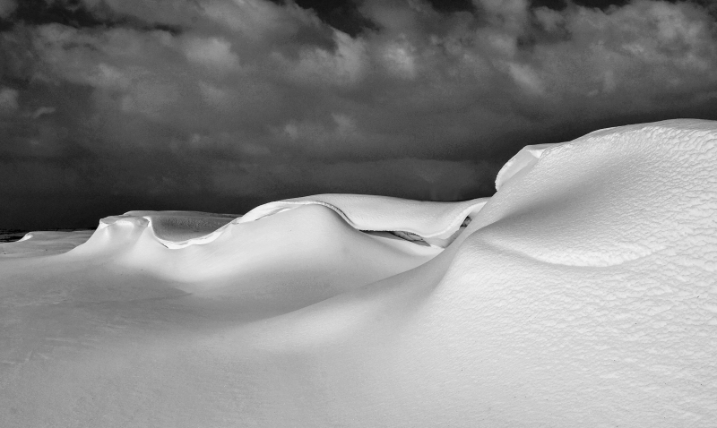 Snowdrifts, Clun