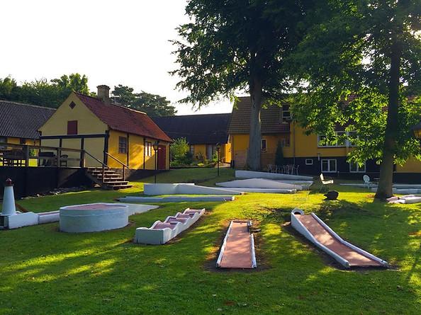Rævehuset med golfbane