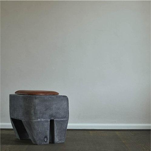 101CPH, Sculpt Stool