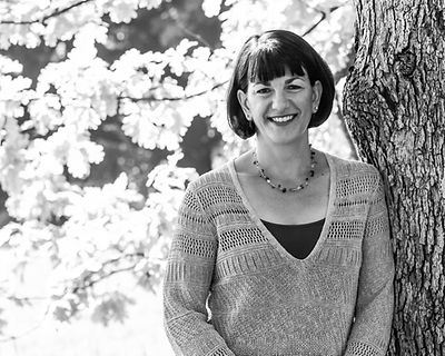 Wendy Weitzel is a communications consultant, and professional web and print editor.