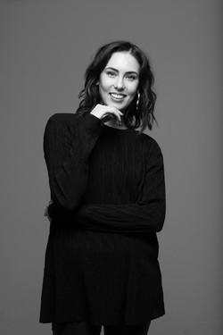 Milana De Mina fashion stylist