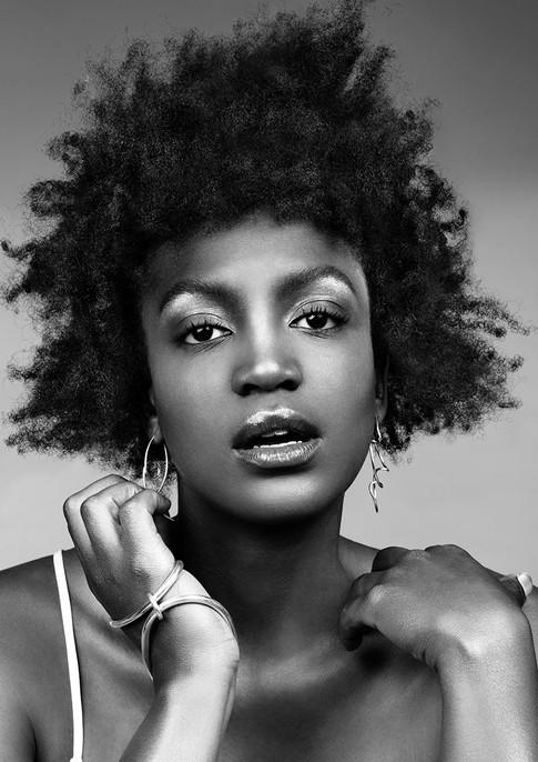 Rokk Ebony Toorak - Jessica Sutherland