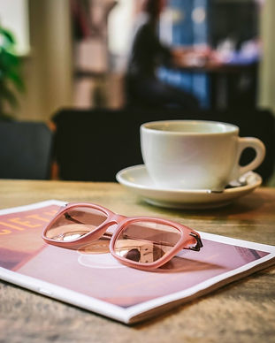 coffeehouse-tabletop-with-coffee-cup-mag