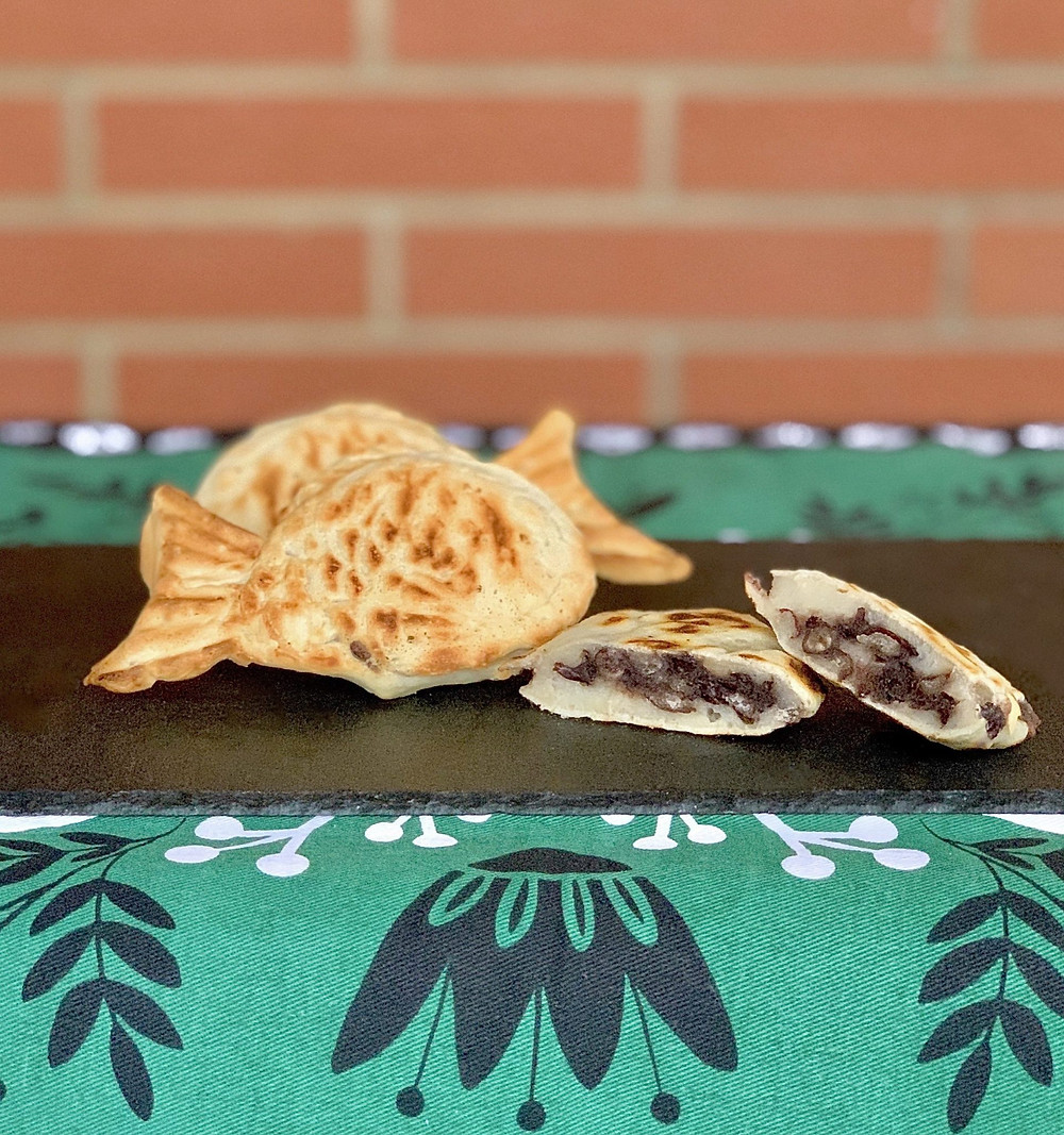 Photo credit: foodbyayaka.com | Vegan taiyaki is a fun a symbolic food that can be either savoury or sweet