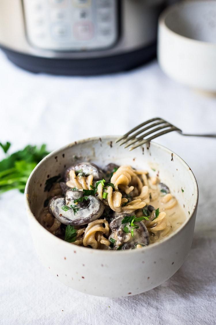Instant pot mushroom stroganoff