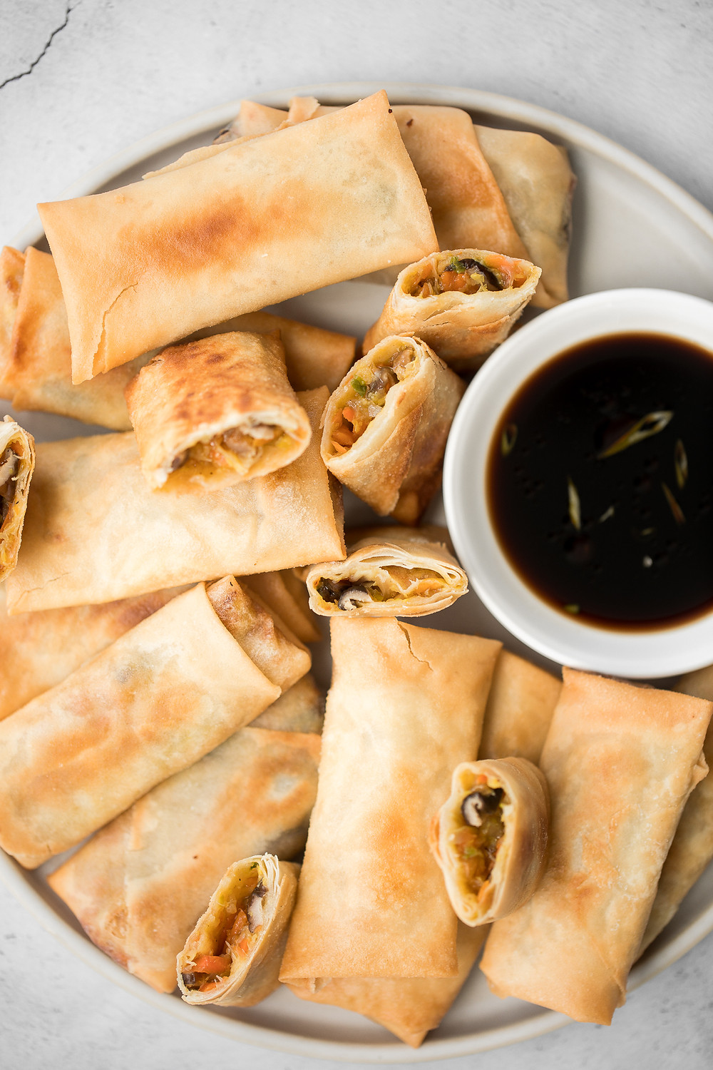 Spring-rolls-vegetarian-cny-chinese-new-year-2021