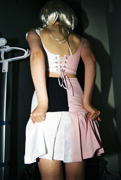 ruby adjusting skirt.JPG