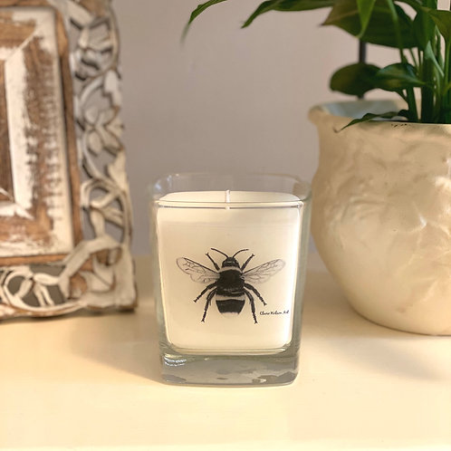 'THE BEES KNEES' SQUARE CANDLE JAR IN HONEYED PEACH & LEMON
