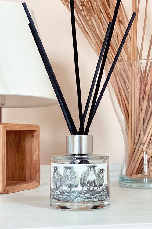 'SCOTCH ON THE ROCKS' REED DIFFUSER IN SANDALWOOD & ORANGE BLOSSOM