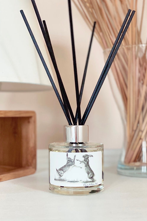 'HARE WE GO AGAIN' REED DIFFUSER IN AMBER & FRESH JASMINE
