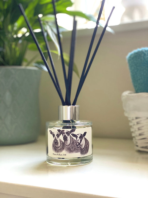 'MARR MULES' REED DIFFUSER IN FRESH WHITE LINEN