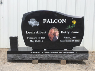 Designing A Stone Around A Large Photo Plate