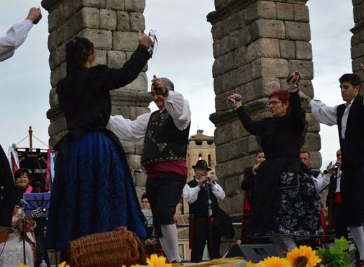 Danzas tradicionales de Castilla y León
