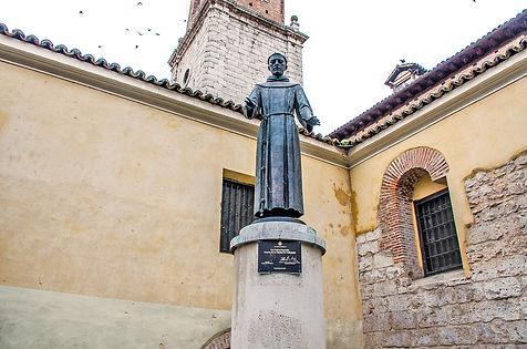 San_Pedro_Regalado_Estatua.jpg