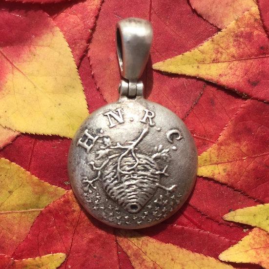 Sterling Confederate HORNET'S NEST RIFLE CORPS Button (NC18) Civil War Pendant