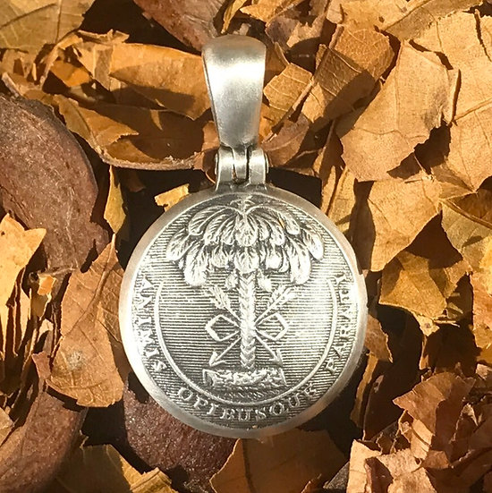 Sterling Silver Confederate SOUTH CAROLINA Coat Of Arms Civil War Button Pendant