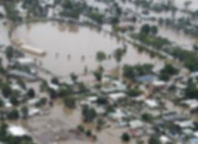 North Wagga Flooded oval.jpg