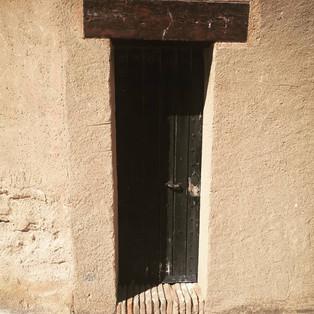 Historia de una puerta en el infierno. Poema