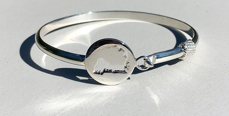 Cape Cod Cut Out Bracelet
