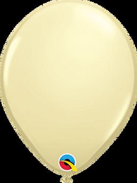 11 in Vanilla latex balloon