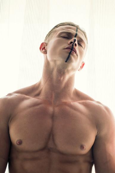 06_Kevin_McAulay_Rey_Magazine_Stavros_Ch